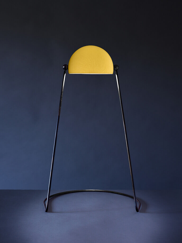 O lamp translucent